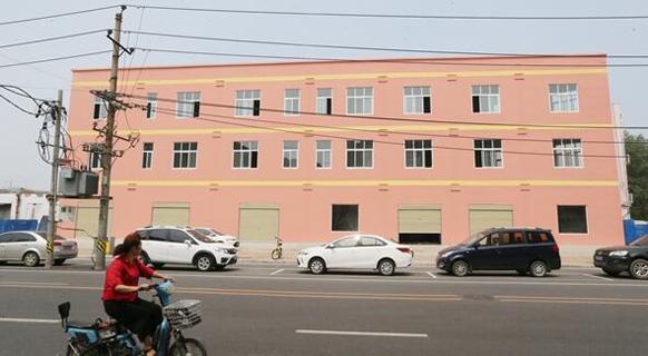 郑州现纸片楼 建筑墙体最薄仅20cm